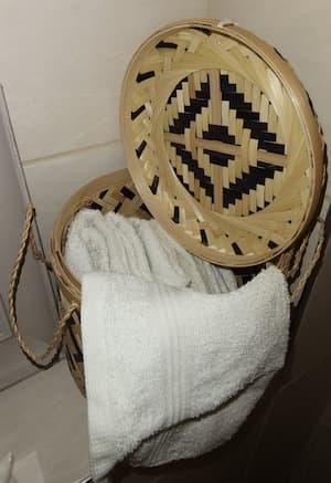 Kosz bambusowy z pokrywą