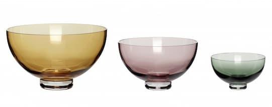 Miski na przekąski w różnych kolorach